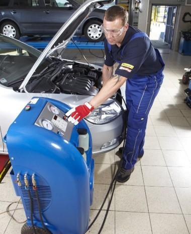 Dezinfekce klimatizace v autě